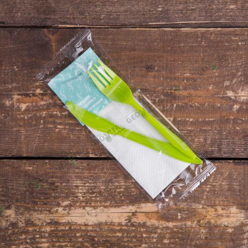 Набор одноразовых приборов 4/2 мал. зеленый «вилка/нож» + влажная салфетка
