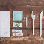 Набор одноразовых приборов 4/2 мал. «вилка/нож» + соль/перец/жвачка/вл.салфетка