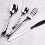 Пластиковый нож металлик
